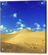 Sandy Desert Acrylic Print by MotHaiBaPhoto Prints