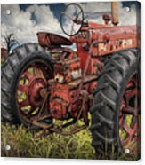Abandoned Old Farmall Tractor In A Grassy Field Acrylic Print