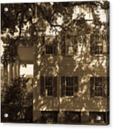 Mcleod Plantation Home In Black And White Acrylic Print