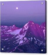 M05413 Moonrise Over Broken Top Acrylic Print