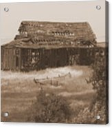 Old Barn In Oregon Acrylic Print