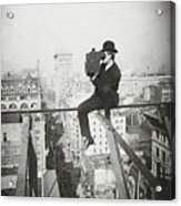 Photographing Nyc Above 5th Avenue - 1905 Acrylic Print