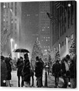Rockefeller Center Christmas Tree Black And White Acrylic Print