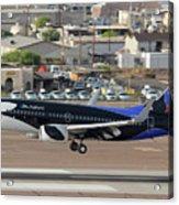 Southwest Boeing 737-7h4 N715sw Shamu Landing Phoenix Sky Harbor April 5 2011 Acrylic Print