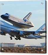 Space Shuttle Atalantis Departs Edwards Afb July 1 2007 Acrylic Print by Brian Lockett