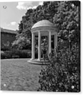 The Old Well At Chapel Hill In Black And White Acrylic Print