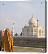 Women At Taj Mahal Acrylic Print by Bill Bachmann - Printscapes