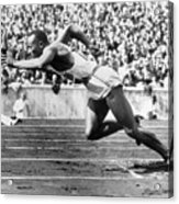 Jesse Owens At Start Of Race Acrylic Print