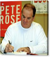 Pete Rose Signs Autobiography In New Acrylic Print