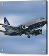 United Airlines Boeing 737-522 Acrylic Print