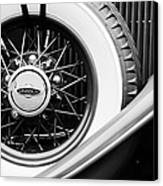 Lincoln Spare Tire Emblem Canvas Print by Jill Reger
