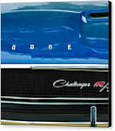 1970 Dodge Challenger Rt Convertible Grille Emblem Canvas Print