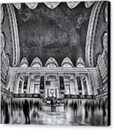 A Central View Bw Canvas Print by Susan Candelario