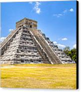 Amazing Mayan Pyramid At Chichen Itza Canvas Print