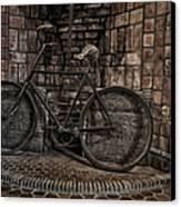 Antique Bicycle Canvas Print by Susan Candelario