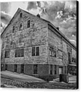 Barn At Amhi   7k00333 Canvas Print by Guy Whiteley