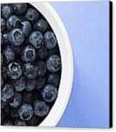 Bowl Of Blueberries Canvas Print by Steven Raniszewski
