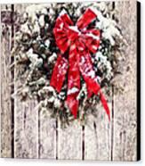 Christmas Wreath On Barn Door Canvas Print