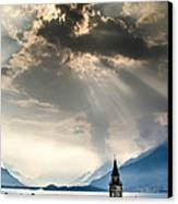 Domaso Sunrays Canvas Print