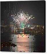 Fireworks At Night For The 4th Of July Over Fort Walton Beach From 14th Floor Balcony Canvas Print