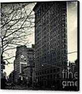 Flat Iron Building Fifth Avenue And Broadway Canvas Print
