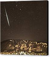 Geminid Meteor Shower Aspen Canvas Print by Tom Cuccio