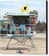 Lifeguard Shack At The Santa Cruz Beach Boardwalk California 5d23713 Canvas Print