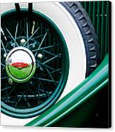 Lincoln Spare Tire Emblem Canvas Print