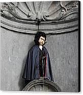 Manneken Pis In Brussels Dressed As Dracula Canvas Print by Kiril Stanchev