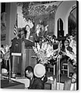 Martin Luther King Jnr 1929 1968 American Black Civil Rights Campaigner In The Pulpit Canvas Print