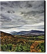 Mountain At The Windy Gap Canvas Print by Tony Reddington