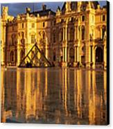 Musee Du Louvre Sunset Canvas Print