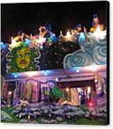 New Orleans - Mardi Gras Parades - 121246 Canvas Print by DC Photographer