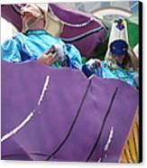 New Orleans - Mardi Gras Parades - 12127 Canvas Print by DC Photographer