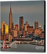 New York City Sundown On The 4th Canvas Print by Susan Candelario