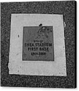 Shea Stadium First Base In Black And White Canvas Print by Rob Hans