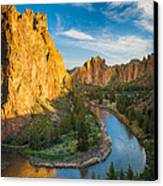Smith Rock River Bend Canvas Print by Inge Johnsson