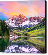 Sunset At Maroon Bells And Maroon Lake Aspen Co Canvas Print by James O Thompson