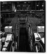 The Heart Of San Francisco Cable-car Canvas Print by RicardMN Photography
