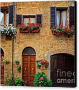 Tuscan Homes Canvas Print by Inge Johnsson