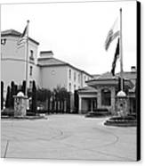 Vineyard Creek Hyatt Hotel Santa Rosa California 5d25787 Bw Canvas Print
