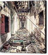 Walk Of Death - Abandoned Asylum Canvas Print by Gary Heller