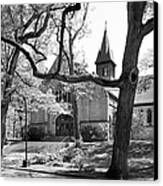 Wellesley College Houghton Chapel Canvas Print by University Icons