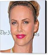 Charlize Theron Wearing A Jennifer Behr Canvas Print