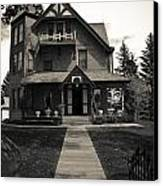 Old House Canvas Print by Darren Langlois