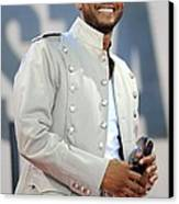 Usher On Stage For Abc Gma Concert Canvas Print by Everett