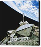 Space Shuttle Endeavour Canvas Print by Science Source