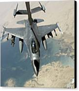 An F-16 Fighting Falcon Refuels Canvas Print