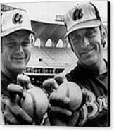 Atlanta Braves Pitchers Joe Niekro Canvas Print by Everett