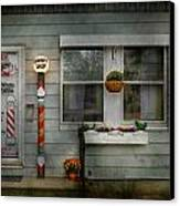 Barber - Belvidere Nj - A Family Salon Canvas Print by Mike Savad